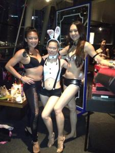 With hunny-pole-bunnies, Po.lita & Queenish!